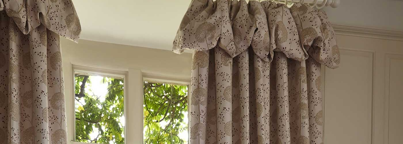Curtain supply and fit Bath