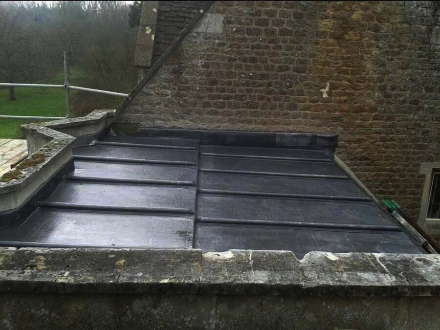 Example of Lead flat roof in Code 6 lead