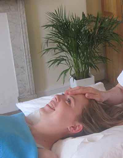 Cranial massage at Wellbeing clinic Bath